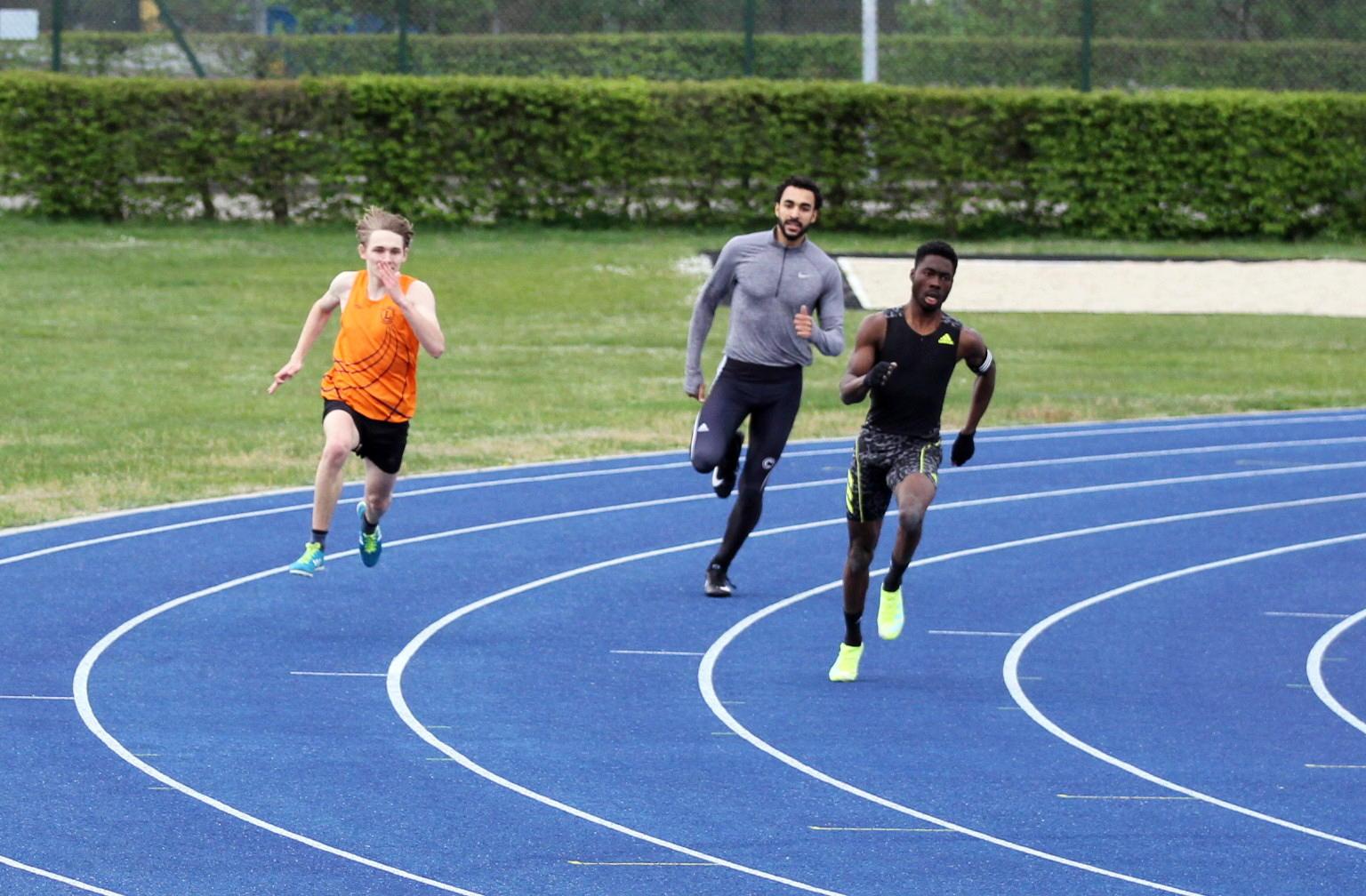 Till Czisnik (U20) erzielt verbessert eine 400 m Bestleistung auf 50,46 Sekunden
